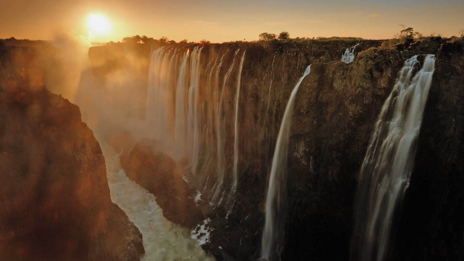 victoria-falls-zambia-41693223-1506521514-ImageGalleryLightboxLarge
